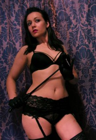 Naomi Fatale2