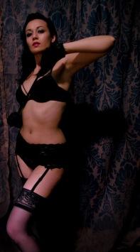 Naomi Fatale3